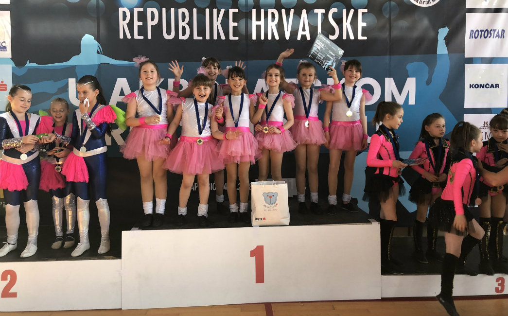 Top dance do 29 medalja na 2. Kupu Hrvatske u akrobatskom rock'n'rollu