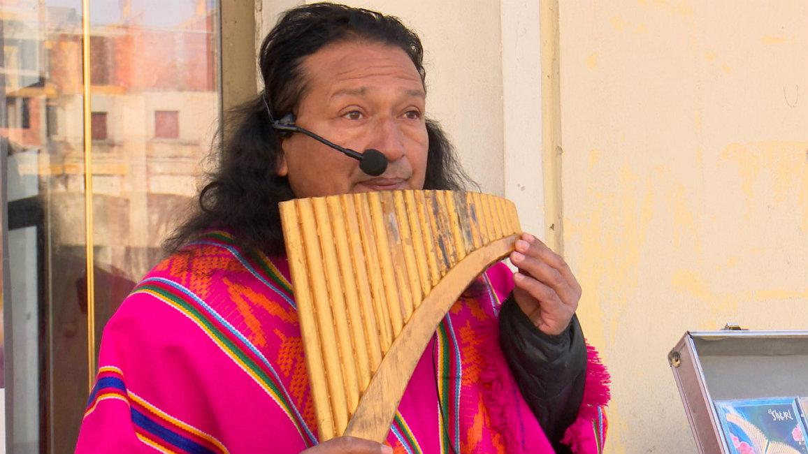 VIDEO Ekvadorac glazbom osvaja Brođane